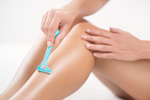 Vitamin E for scars and shaving nicks and accidents