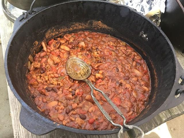 dutch oven chilli
