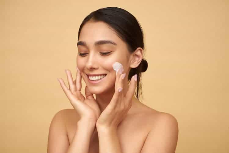 moisturize skin